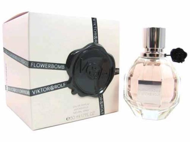 Viktor & Rolf Flowerbomb Parfémovaná voda 50ml W