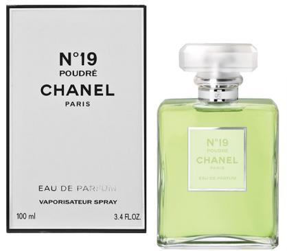 Chanel N°19 Poudré